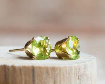 Peridot Ear Studs in Gold or Silver, August Birthstone, 6mm or 4mm Gemstone Stud Earrings, Small Green Ear Studs, Birthstone Jewellery