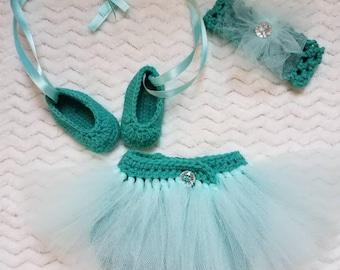 Crochet newborn baby photo prop - crochet tutu diaper cover - crochet ballerina photo prop set - crochet diaper cover - crochet slippers