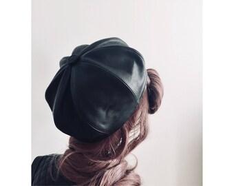 Beret hat Leather beret hat Black beret Beret hat gucci style Beret hat dior style Leather cap Steampunk hat Mod hat Post fetish
