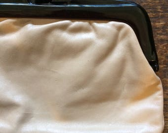"""Vintage cream leather clutch bag. Italian leather with chunky plastic closure. 10"""" x 6.5"""""""