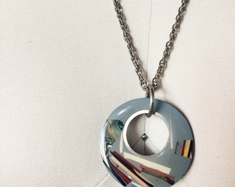 1960s Vintage Resin Pendant Necklace