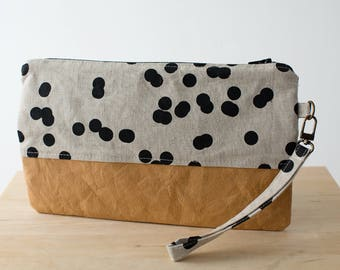 Spotty wristlet clutch with washable paper. Clutch purse, Zipper bag, Clutch wallet, Small clutch, Wrist strap clutch, Purse