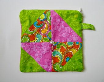 Zipper pouch / cosmetic bag