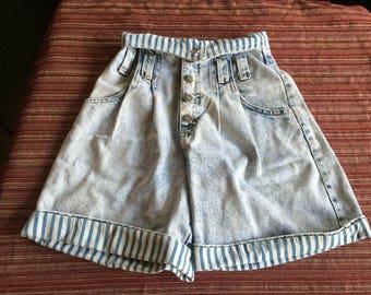High Jean Short,High Denim Short,Cuff Jean Short,Cuff Denim Short,Unique Jean Short,Unique Denim Short,Rare Jean Short,Denim Short,Size 3
