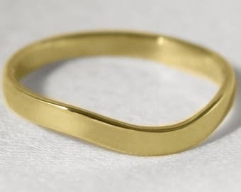 18ct Gold Curved Wishbone 'Berridale' Wedding Ring