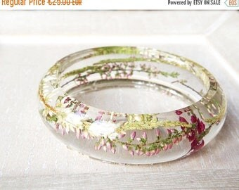 Sale Pink dried flowers bangles Resin bangle bracelet Terrarium jewelry Flower resin bracelet eco Real plants Pink bracelet Mothers day gift