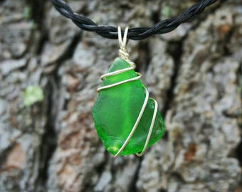 Green Maine Sea Glass Pendant on 16in. Horse Hair Neclace