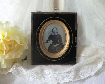 ANTIQUE original daguerreotype ladies portrait authentic patina boudoir shabby chic dark