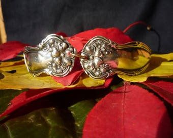 "WM Rogers & Son ""ARBITUS"" Pattern 1908 Silverplate Bracelet"