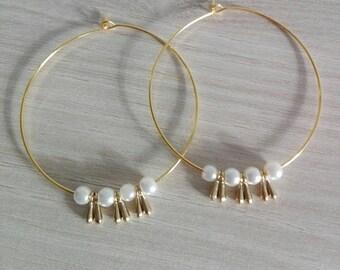 Thin gold hoop earrings plus pendant