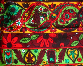 1970's Fabric Bands of Paisley, Flowers, Leaves, Berries*Vintage Cotton Blend*Bright Colors*Flower Power*Boho Hippie Fabric*Retro Fabric