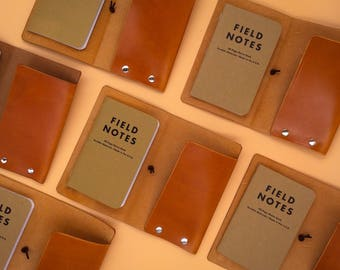 FIELD NOTES,  MOLESKINE Vegetable tanned leather cover for Field Notes or Moleskine notebooks. Handmade by artisan in Barcelona.