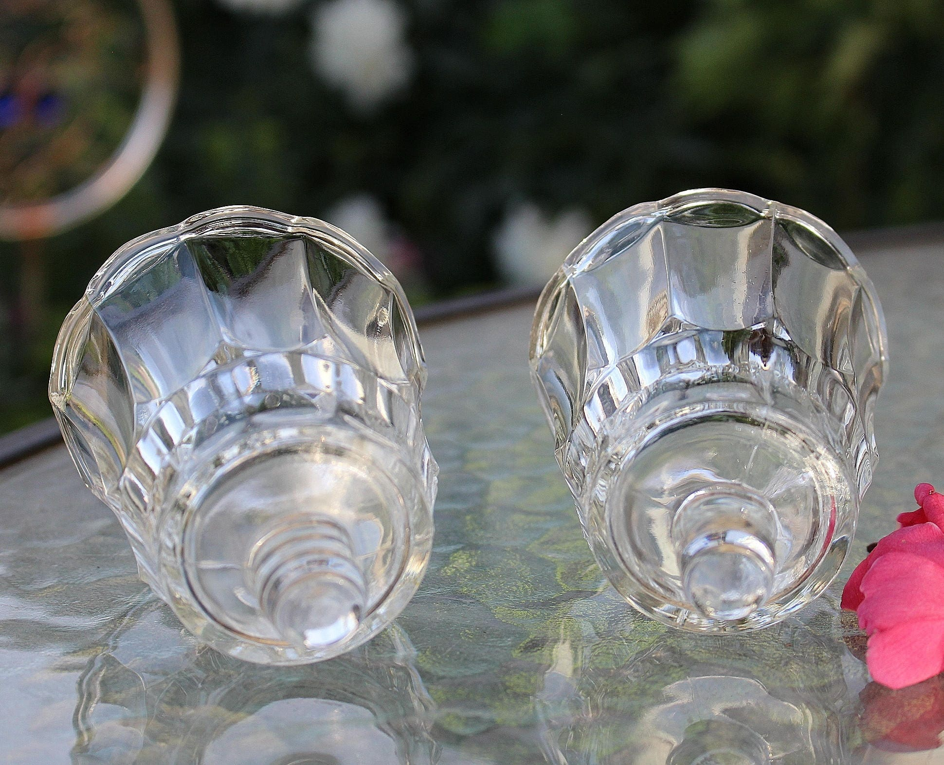 Tulip Shaped Votive Cups Home Interiors (Lot of 2) for Sconces Short Glass STARLIGHT & Tulip Shaped Votive Cups Home Interiors (Lot of 2) for Sconces Short ...