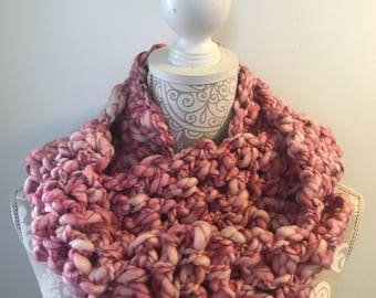 Thick and thin infinity scarf