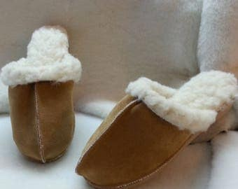 Lined with sheep's wool leather mules
