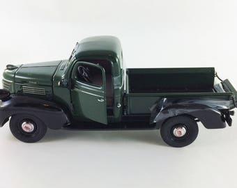 1941 Plymouth Dodge Pickup Truck Green Danbury Mint Diecast 1:24 In Box