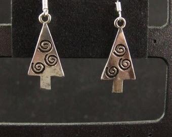 Christmas tree earrings with Swirls