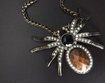 Brace Spider necklace