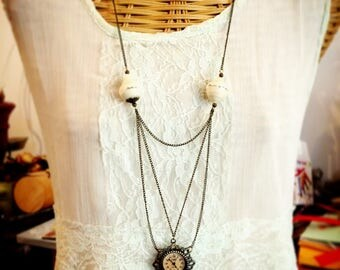 Customizable paper - supports bronze beads necklace-watch