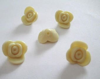 5 beads acrylic flower cream 15x15x8mm