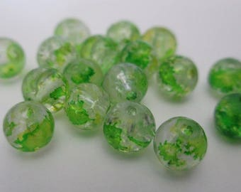 10 beads yellow green Crackle Glass 6mm (I-36)