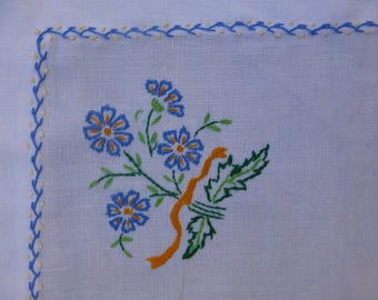 Embroidered Linen Tray Cloth 56x32cm