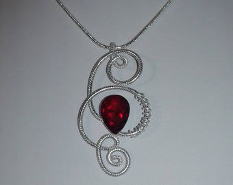 aluminum Viper red necklace