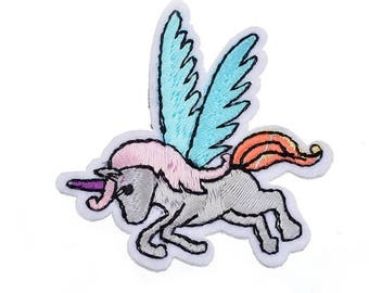Kawaii Unicorn Small Iron Or Sew On Patches Appliques Unicorns Wings Flying Pony Horse Notions