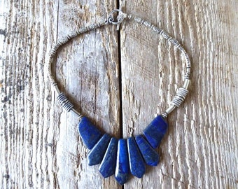 Choker necklace lapis lazuli and toggle clasp