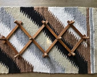 Vintage peg rack, accordion peg rack, wood peg rack, hat and coat hooks, expandable rack, coat rack, mug rack, brown accordion rack