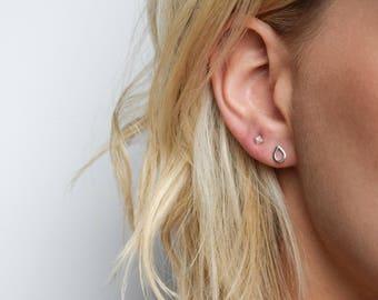 Teardrop Stud Earrings - Tiny Silver Stud Earrings - Tiny Stud Earrings - Silver teardrop post earrings - Raindrop Earrings
