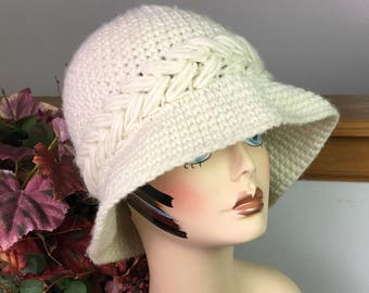 Vintage Off-White Betmar Bucket Hat, 1970s