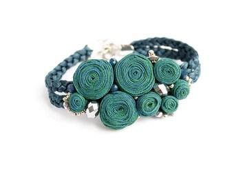 Emerald bracelet Green bracelet Birthday gift for her Beaded bracelet Statement bracelet Ladies gift ideas For mom Fabric bracelet for her