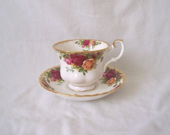 Royal Albert Old Country Roses Duo, Teacup and Saucer  c.1962