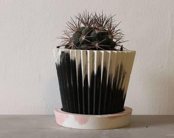 Charcoal and White Planter with Pink Saucer
