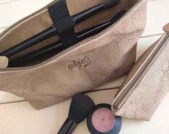 Personalized Leather Cosmetic Bag, Makeup Brush Organizer Holder, Leather Makeup Toiletry Set, Travel Valentine Gift Idea , Essentials Pouch