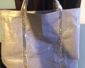 Has gold glitter gold linen tote bag size XS