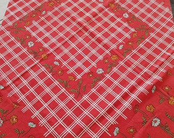 Vintage Square Red/White/Yellow/Green/Black Square Tablecloth