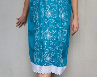Blue embroidered shift dress with white lace trim