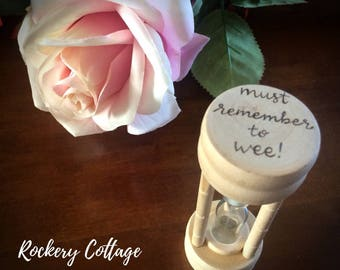 personalised egg timer, custom egg timer, hour glass, wooden egg timer, wooden timer, kitchen utensils, baking gift, game timer, gamer gift,