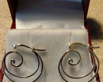 Vintage Silvertone Wave Earrings