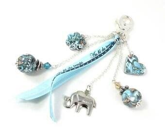 Bijou de sac bleu et vert breloque éléphant, idée cadeau