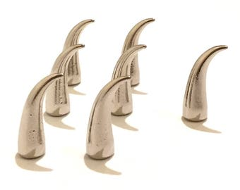Silver Claw Spikes  21mm / Cat Claw Spikes / Studs and Spikes / Claw Spikes / Spikes / 21mm Spikes / Screw in Spikes / SET OF SEVEN