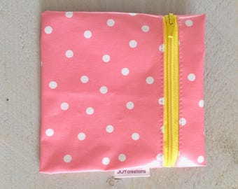 Small wallet pink polka dots