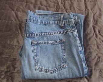 Vintage Pale Blue Straight Leg/Boot Leg Mom Jeans