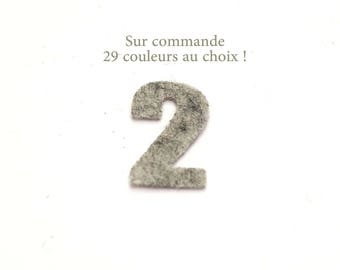 """Number """"2"""" in felt - 29 color choices - 2.4 cm x 2.5 cm"""