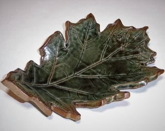 Key Holder_Pottery Dish_Oak Leaf Pottery_Green Pottery_Vintage Pottery_Farmhouse Decor_Shabby Chic Decor_NC Pottery_Unique Fathers Day Gift