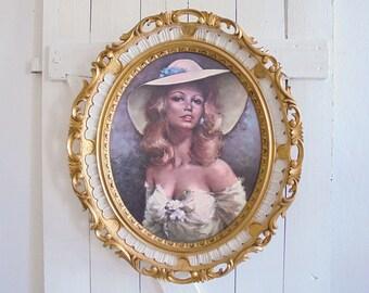 Vintage gold frame portrait kitsch gold frame oval Dolce Vita