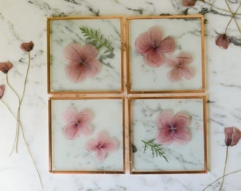 Set of 4 Pressed Flower Coasters, Wild poppy (glass and copper) | botanical home decor
