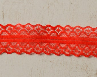 Sold by the yard 4 28 mm wide red lace